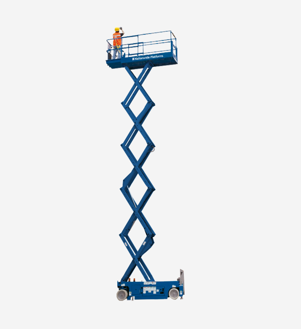 GS-4047 - 13.7m Electric scissor lift
